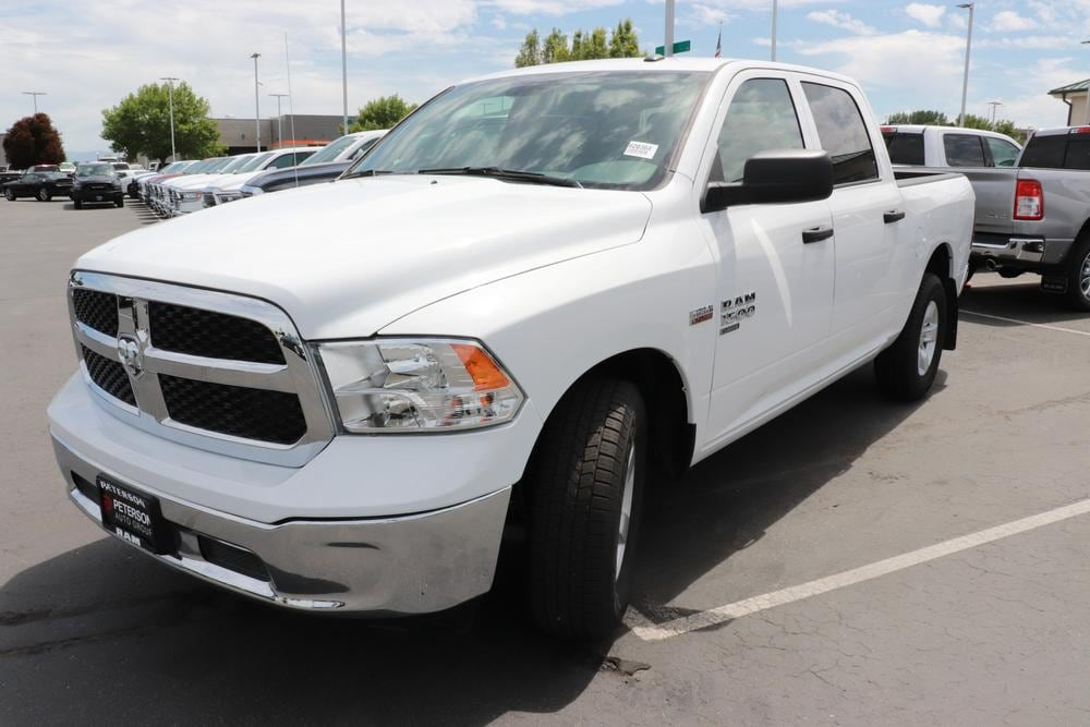 2020 Ram 1500 Crew Cab RWD, Pickup #620365 - photo 4