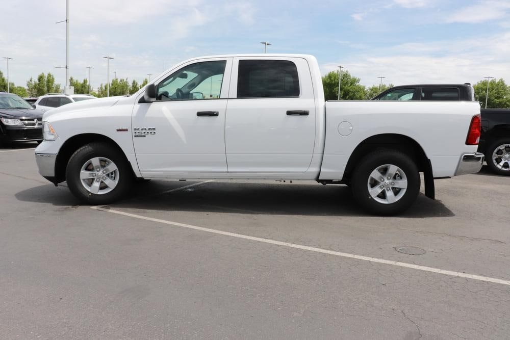 2020 Ram 1500 Crew Cab RWD, Pickup #620365 - photo 5