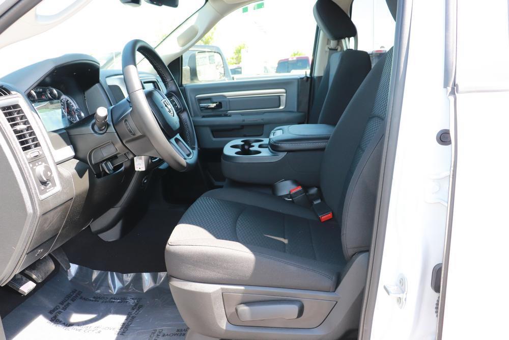2020 Ram 1500 Quad Cab 4x4, Pickup #620396 - photo 19