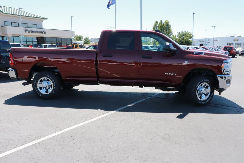 2020 Ram 2500 Crew Cab 4x4, Pickup #620463 - photo 8