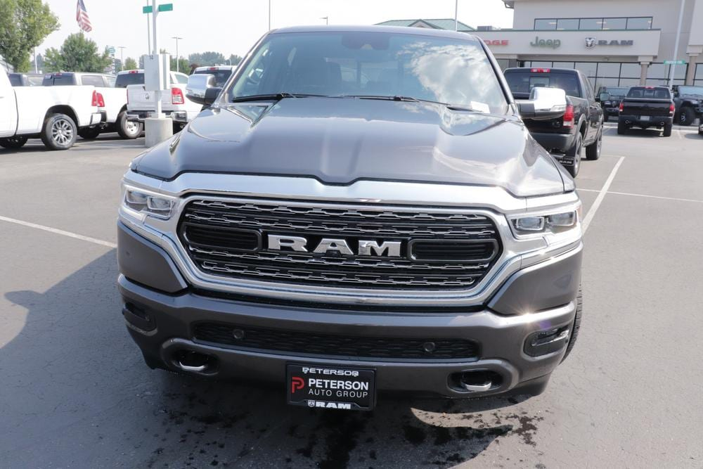 2020 Ram 1500 Crew Cab 4x4, Pickup #620546 - photo 3