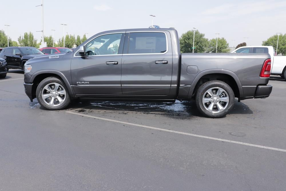 2020 Ram 1500 Crew Cab 4x4, Pickup #620546 - photo 5