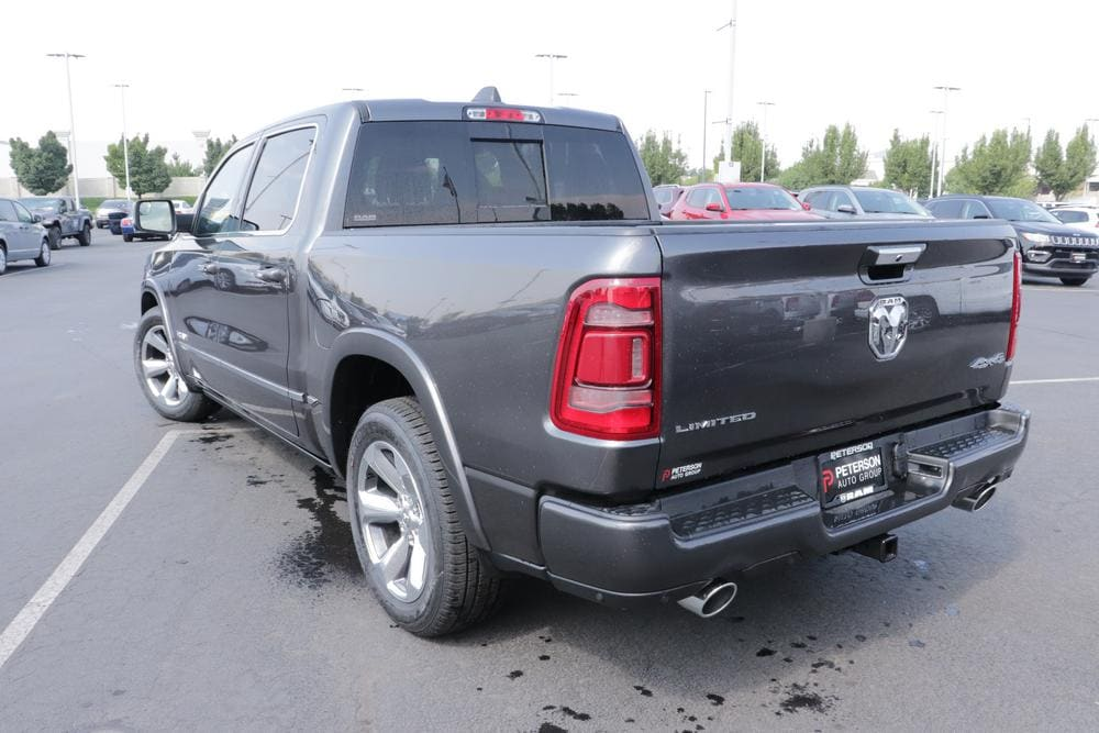 2020 Ram 1500 Crew Cab 4x4, Pickup #620546 - photo 6