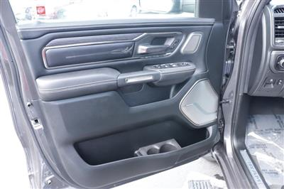 2020 Ram 1500 Crew Cab 4x4, Pickup #620546 - photo 20