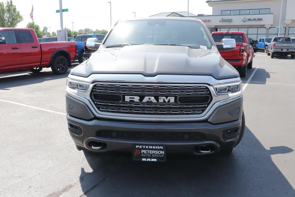 2020 Ram 1500 Crew Cab 4x4, Pickup #620592 - photo 3