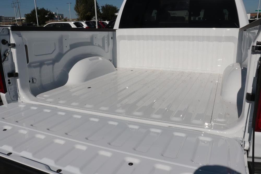 2020 Ram 1500 Crew Cab 4x4, Pickup #620601 - photo 13