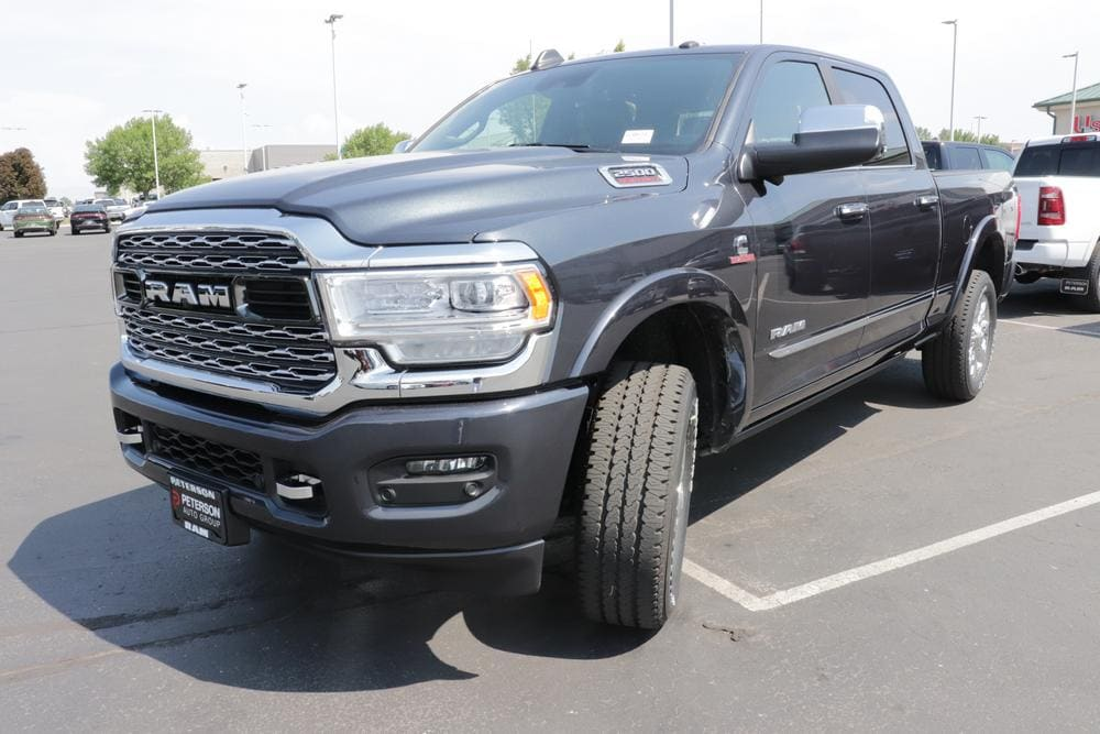 2020 Ram 2500 Crew Cab 4x4, Pickup #620634 - photo 4