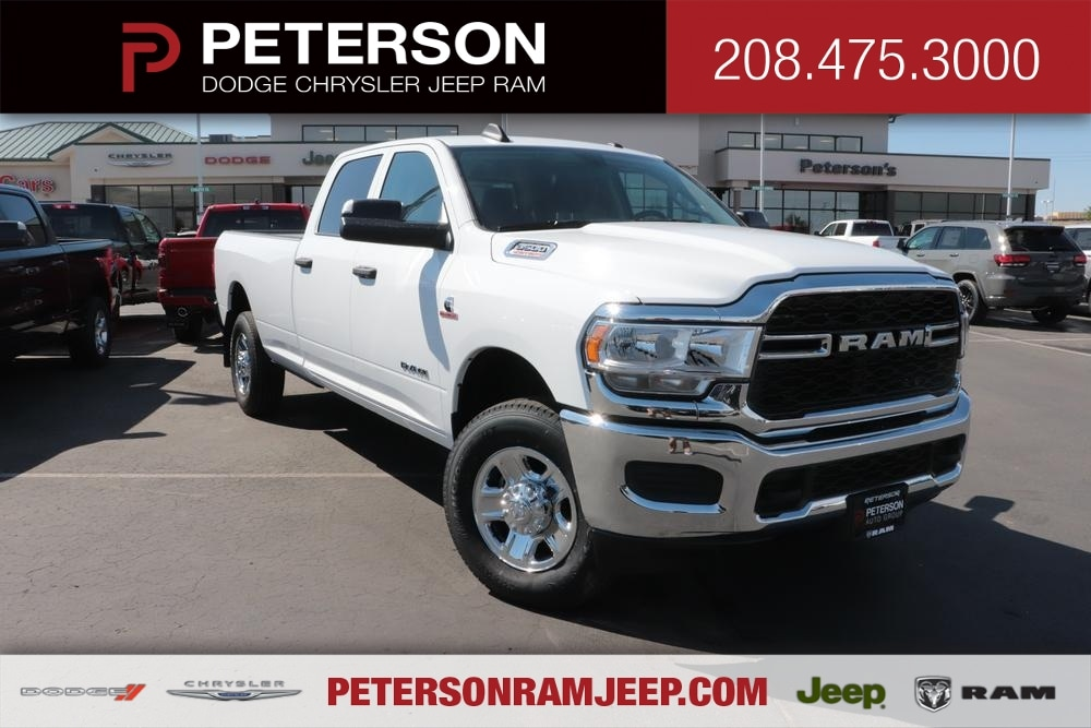 2020 Ram 3500 Crew Cab 4x4, Pickup #620663 - photo 1