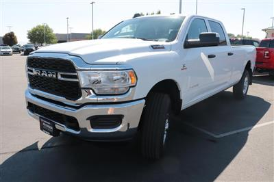 2020 Ram 3500 Crew Cab 4x4, Pickup #620663 - photo 4