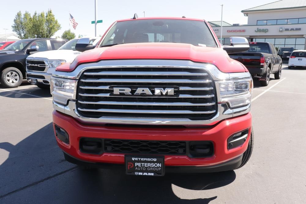 2020 Ram 3500 Crew Cab 4x4, Pickup #620715 - photo 3