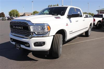 2020 Ram 3500 Crew Cab 4x4, Pickup #620744 - photo 4