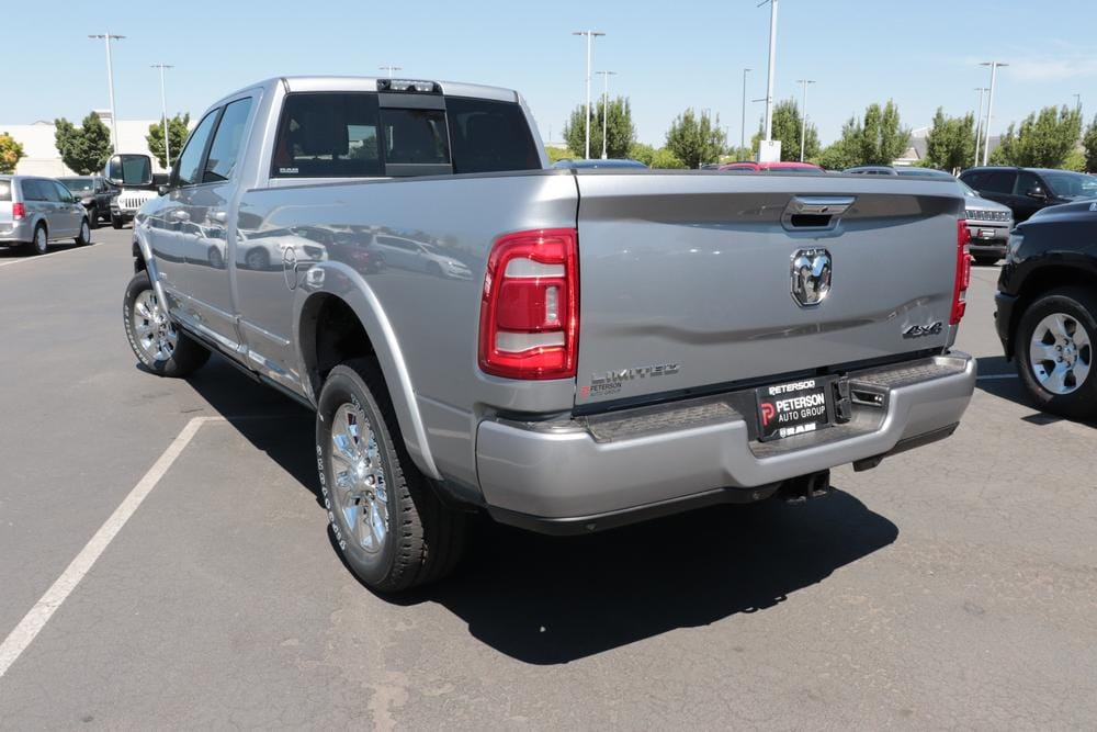 2020 Ram 3500 Crew Cab 4x4, Pickup #620755 - photo 6