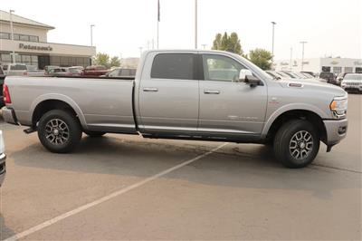 2020 Ram 3500 Crew Cab 4x4, Pickup #620760 - photo 8