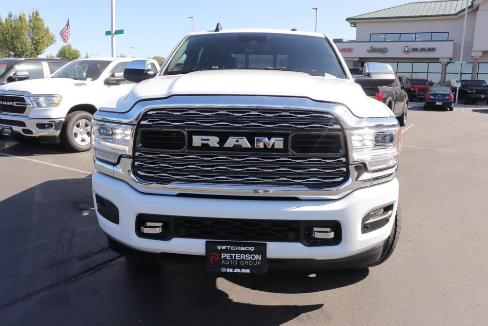 2020 Ram 3500 Crew Cab 4x4, Pickup #620768 - photo 3