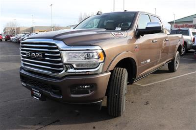2020 Ram 3500 Crew Cab 4x4, Pickup #620775 - photo 4