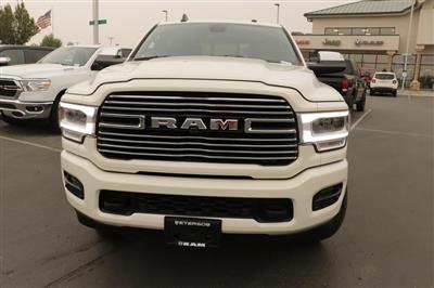 2020 Ram 3500 Crew Cab 4x4, Pickup #620785 - photo 3