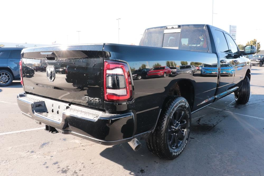2020 Ram 2500 Crew Cab 4x4, Pickup #620812 - photo 2