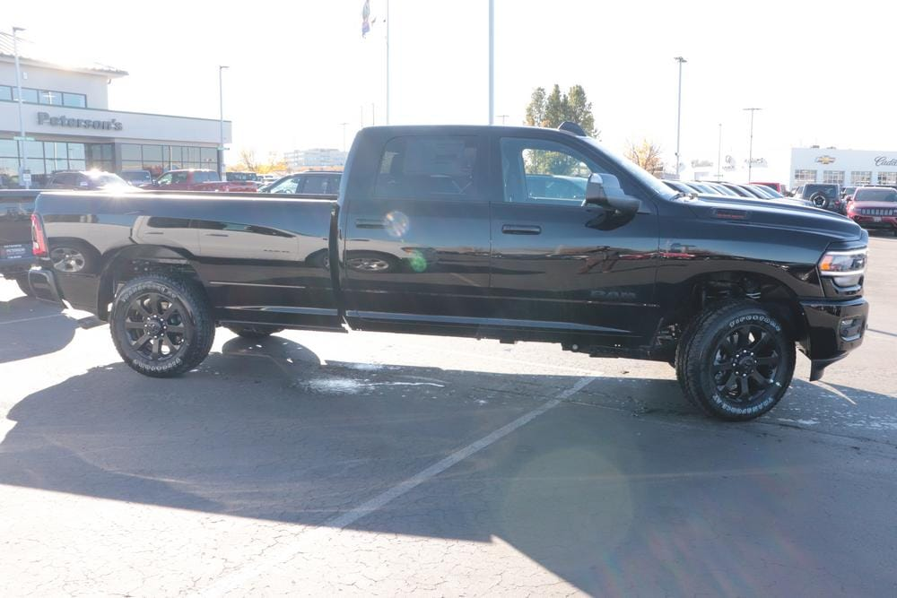2020 Ram 2500 Crew Cab 4x4, Pickup #620812 - photo 8