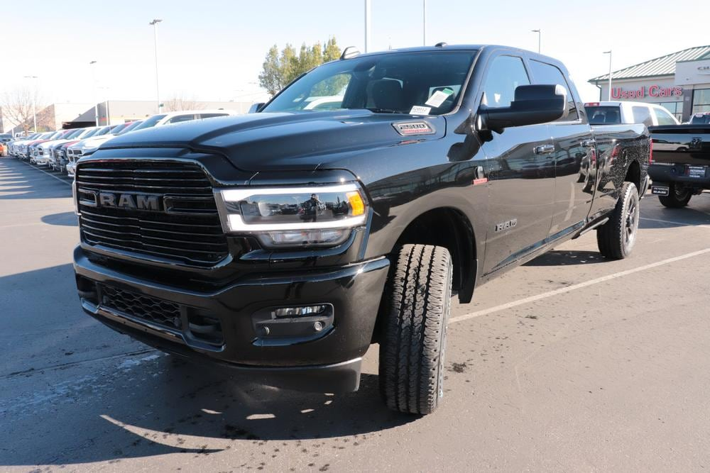 2020 Ram 2500 Crew Cab 4x4, Pickup #620812 - photo 4
