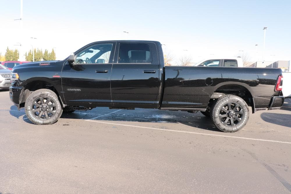 2020 Ram 2500 Crew Cab 4x4, Pickup #620812 - photo 5