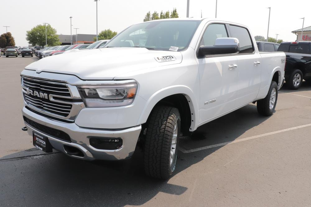 2020 Ram 1500 Crew Cab 4x4, Pickup #620816 - photo 4