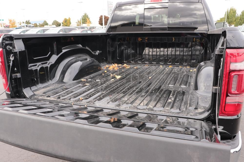 2020 Ram 1500 Crew Cab 4x4, Pickup #620886 - photo 13
