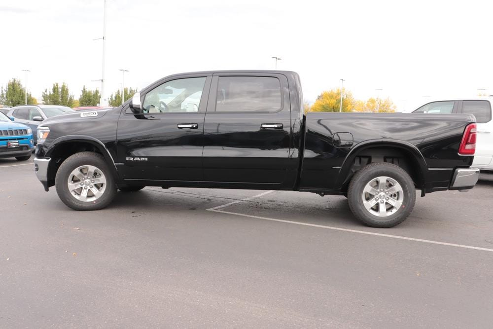 2020 Ram 1500 Crew Cab 4x4, Pickup #620886 - photo 5