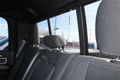 2020 Ram 2500 Crew Cab 4x4, Pickup #620896 - photo 18