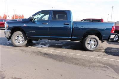 2020 Ram 3500 Crew Cab 4x4, Pickup #620949 - photo 5