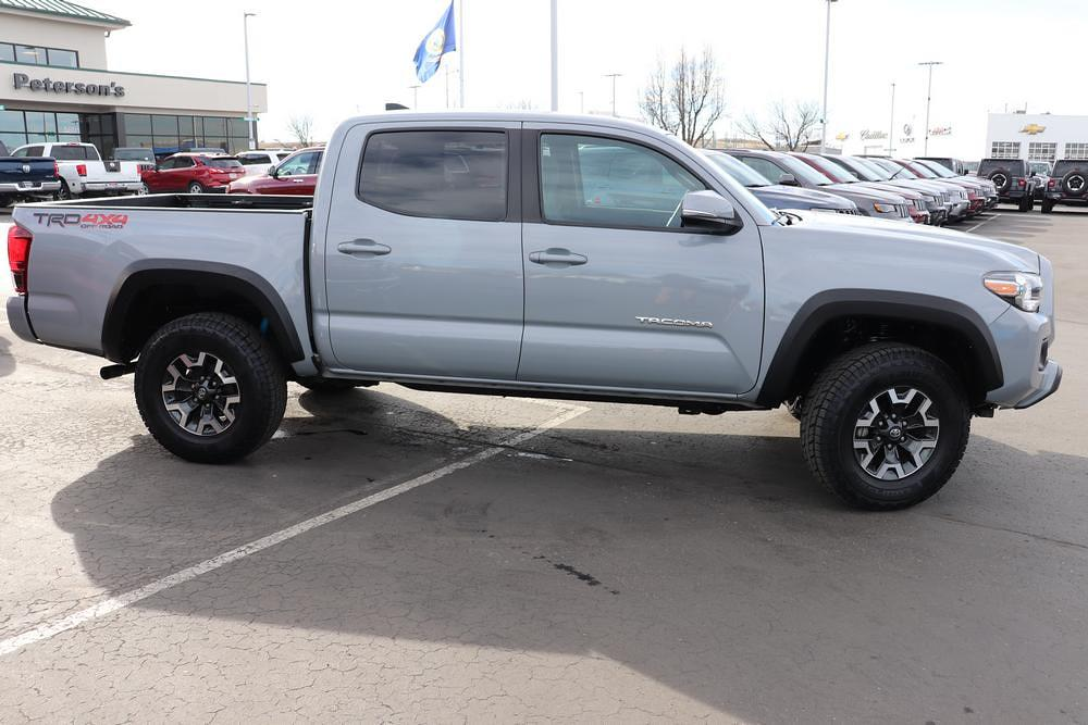 2018 Toyota Tacoma Double Cab 4x4, Pickup #620971D - photo 8