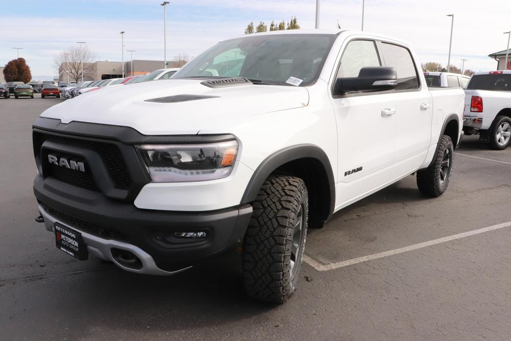 2021 Ram 1500 Crew Cab 4x4, Pickup #621024 - photo 4