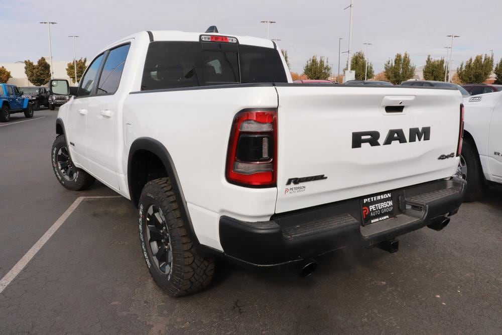 2021 Ram 1500 Crew Cab 4x4, Pickup #621024 - photo 6