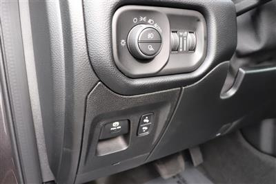 2021 Ram 1500 Crew Cab 4x4, Pickup #621051 - photo 23