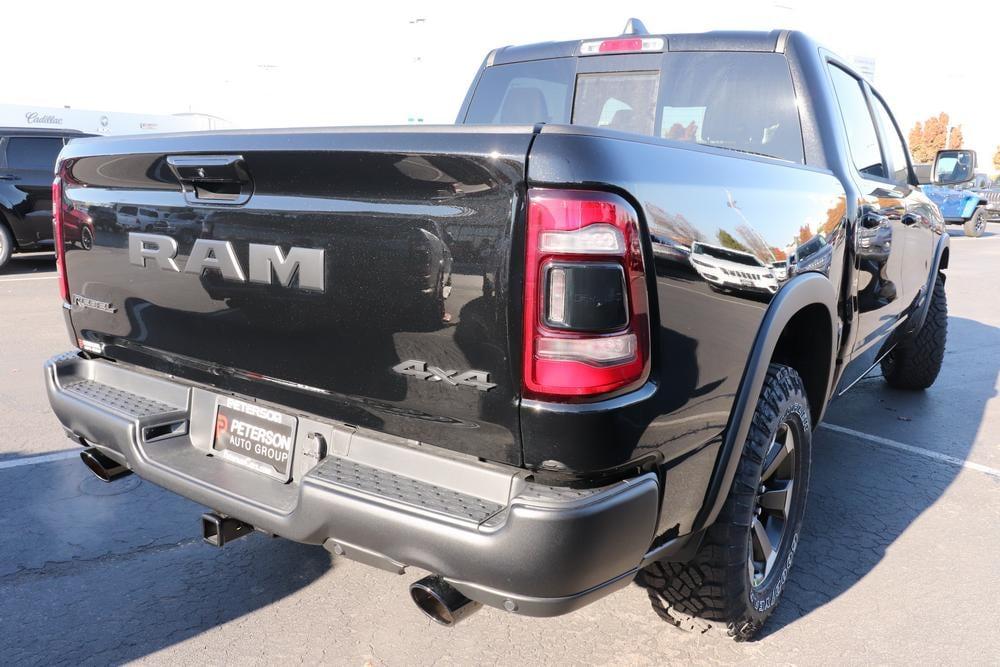 2021 Ram 1500 Crew Cab 4x4, Pickup #621052 - photo 2