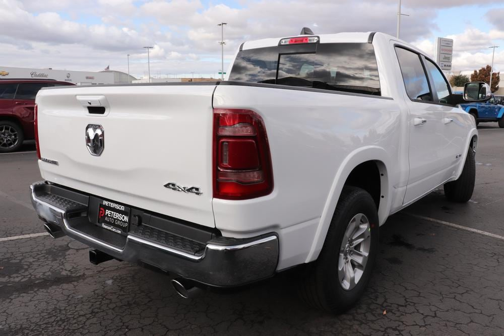 2021 Ram 1500 Crew Cab 4x4, Pickup #621062 - photo 2