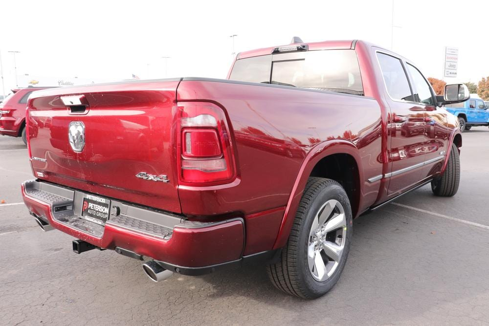 2021 Ram 1500 Crew Cab 4x4, Pickup #621066 - photo 2