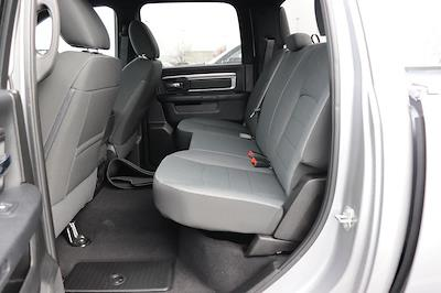 2021 Ram 1500 Crew Cab 4x4, Pickup #621085 - photo 15