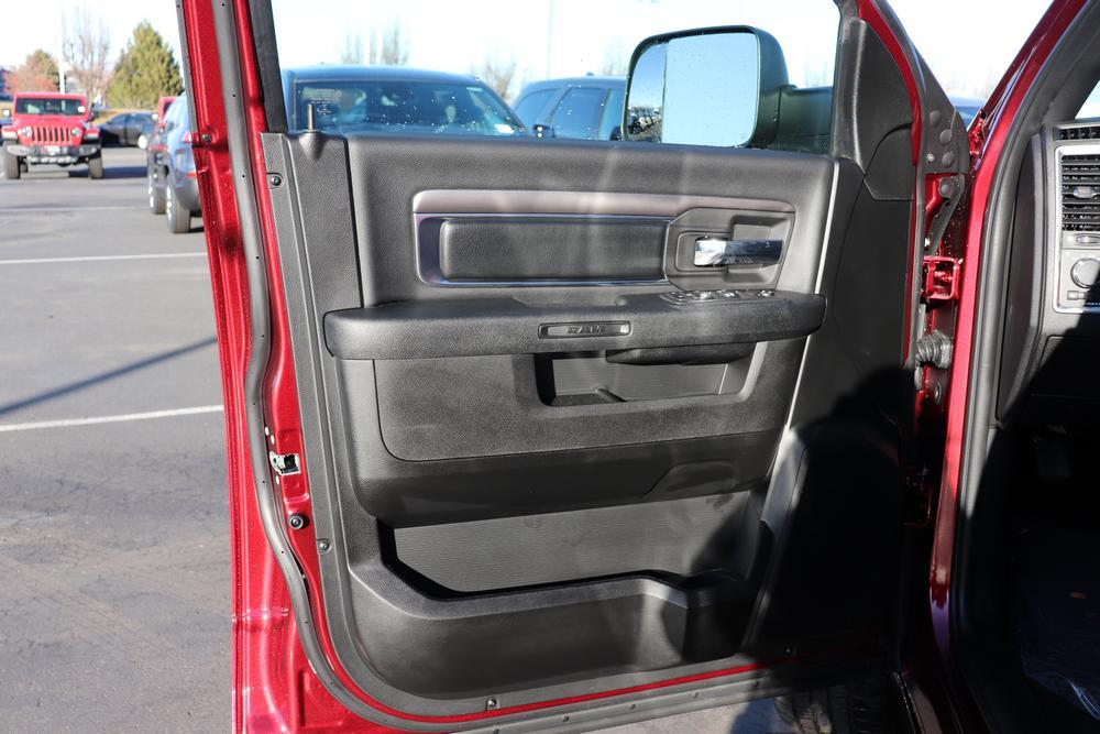 2021 Ram 1500 Crew Cab 4x4, Pickup #621088 - photo 18