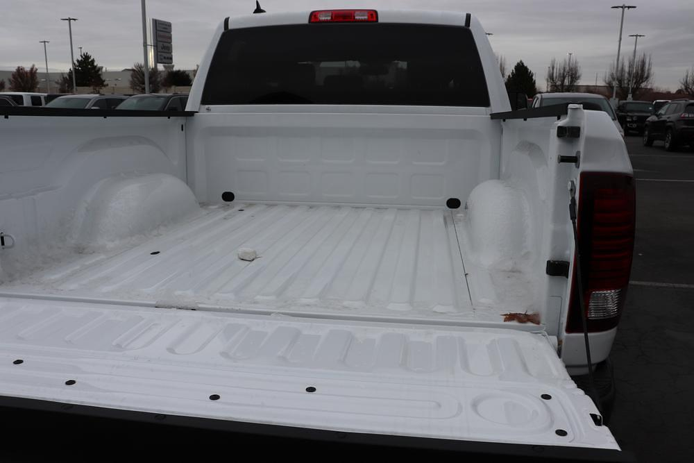 2021 Ram 1500 Crew Cab 4x4, Pickup #621089 - photo 13
