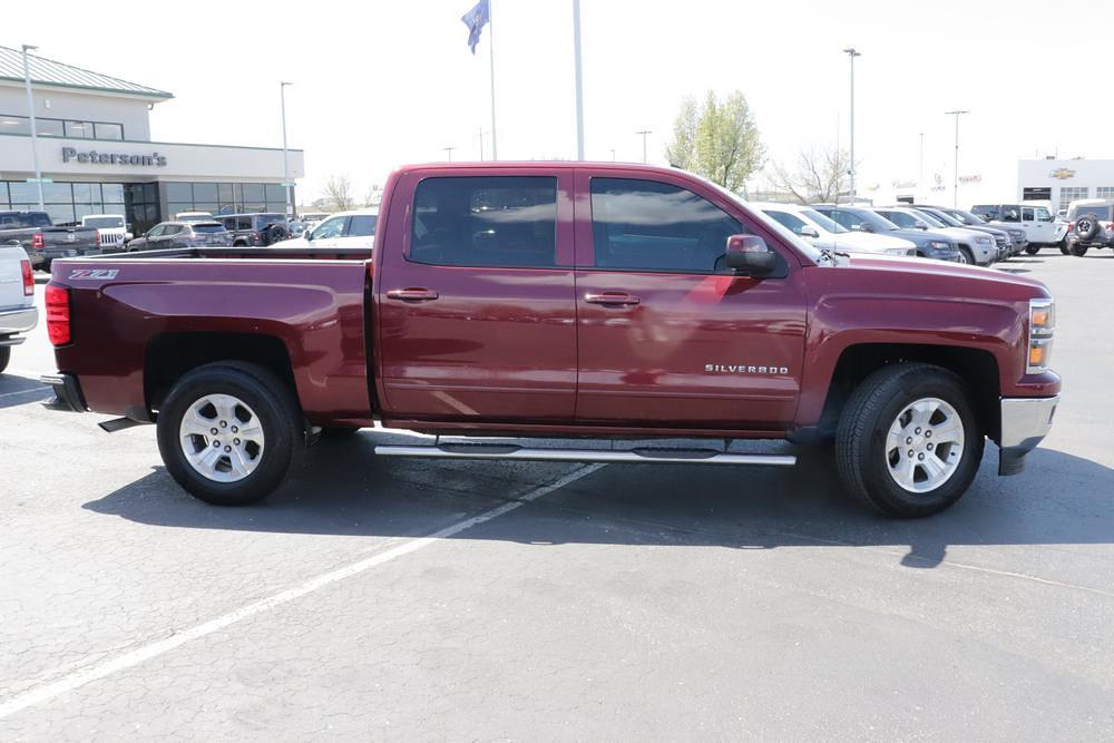 2015 Chevrolet Silverado 1500 Crew Cab 4x4, Pickup #621155A - photo 9