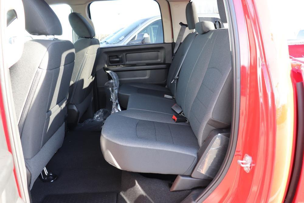 2021 Ram 1500 Classic Crew Cab 4x4, Pickup #621159 - photo 15