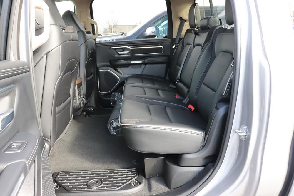 2021 Ram 1500 Crew Cab 4x4, Pickup #621236 - photo 13