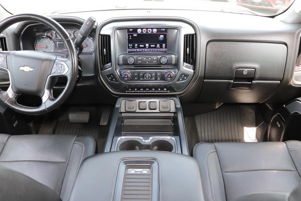 2016 Chevrolet Silverado 2500 Crew Cab 4x4, Pickup #621267K - photo 17