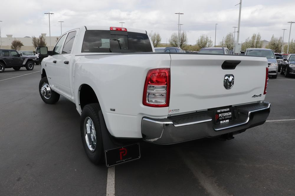 2021 Ram 3500 Crew Cab DRW 4x4, Pickup #621316 - photo 6