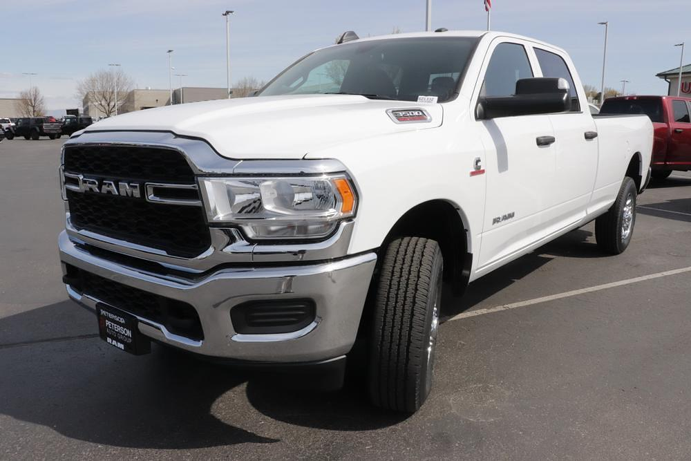 2021 Ram 3500 Crew Cab 4x4, Pickup #621321 - photo 4