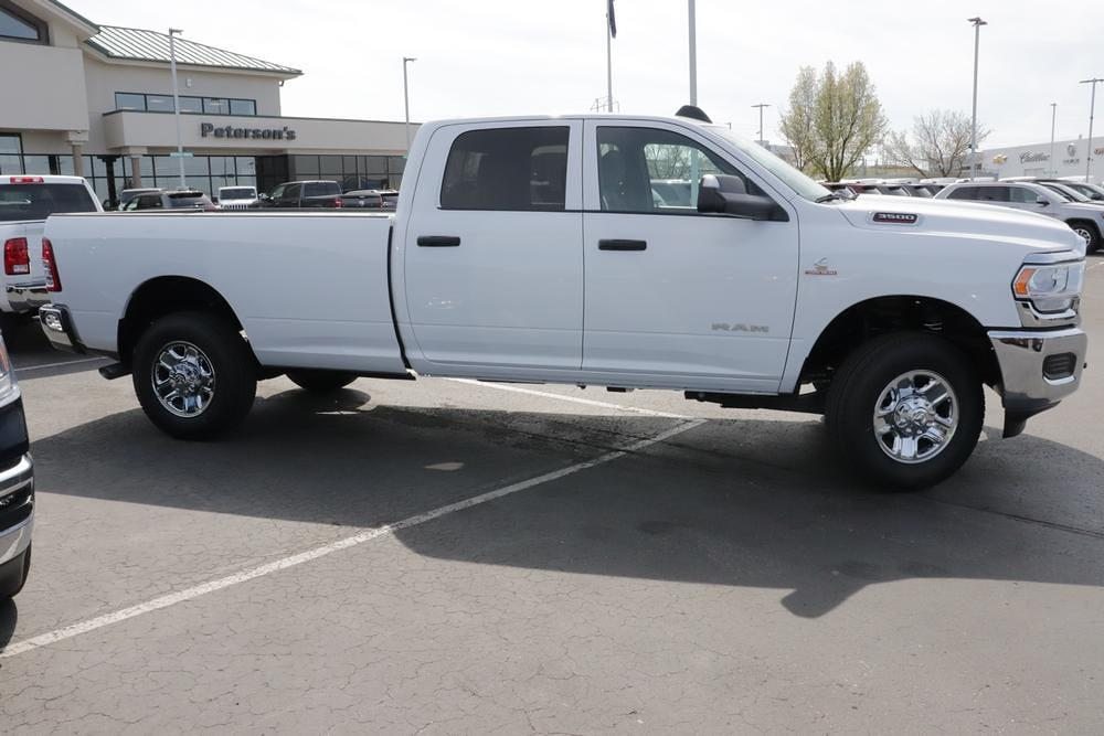2021 Ram 3500 Crew Cab 4x4, Pickup #621321 - photo 8