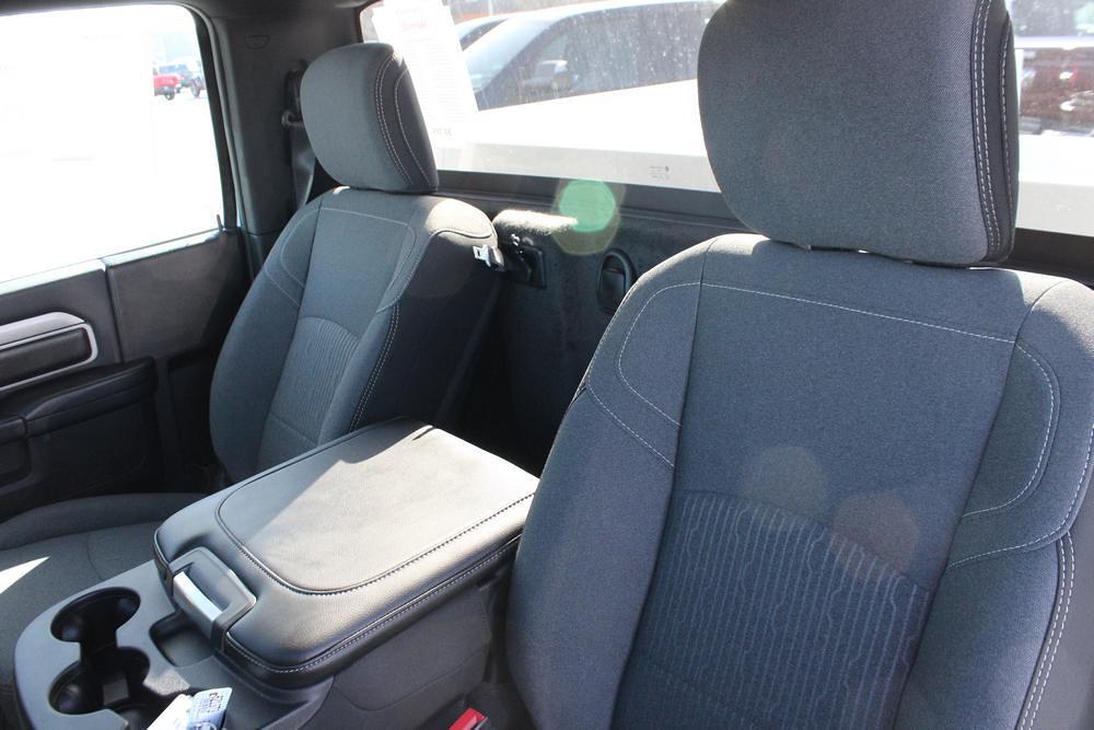 2021 Ram 3500 Regular Cab DRW 4x4, Knapheide Steel Service Body #621373 - photo 18