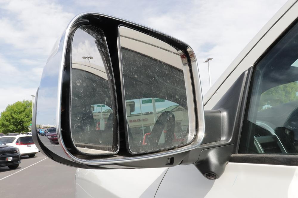 2021 Ram 3500 Crew Cab 4x4, Pickup #621420 - photo 11