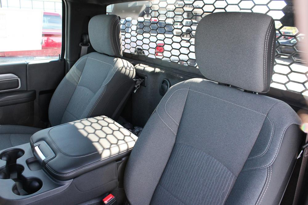 2021 Ram 3500 Regular Cab DRW 4x4, Knapheide PGNB Gooseneck Platform Body #621427 - photo 15