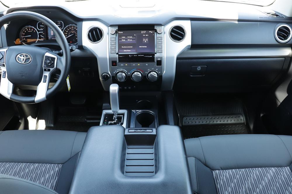 2020 Toyota Tundra 4x4, Pickup #621459A - photo 17